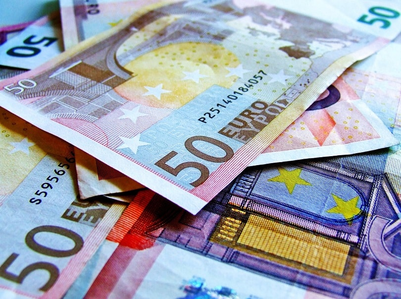 High currency exchange fees: what's the alternative?